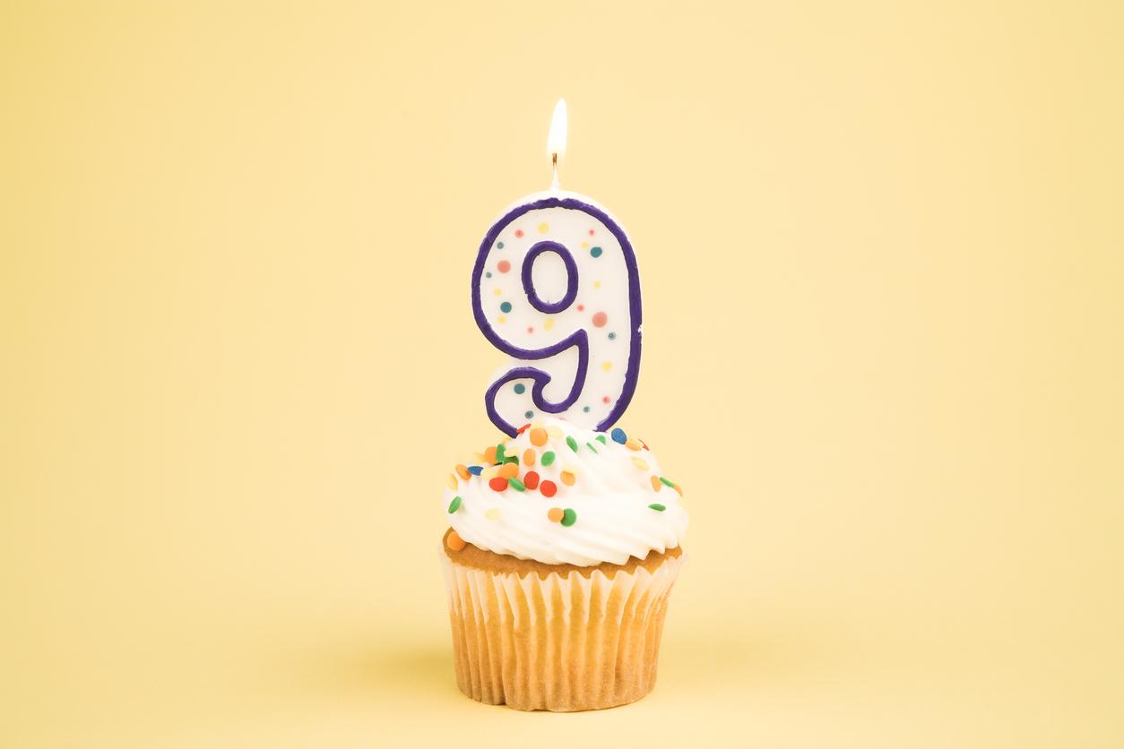 The figure nine, on a cupcake