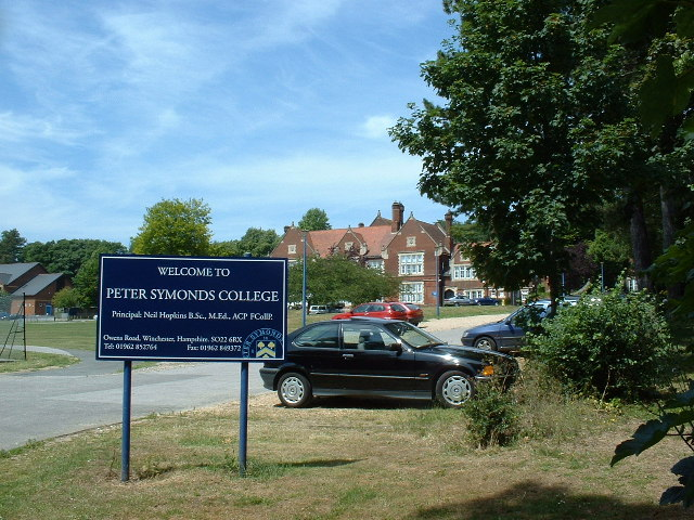 Peter Symonds College
