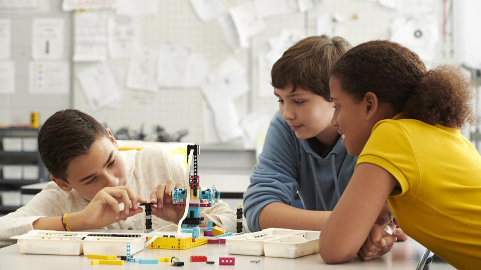 Boost engagement in hybrid learning with purposeful play