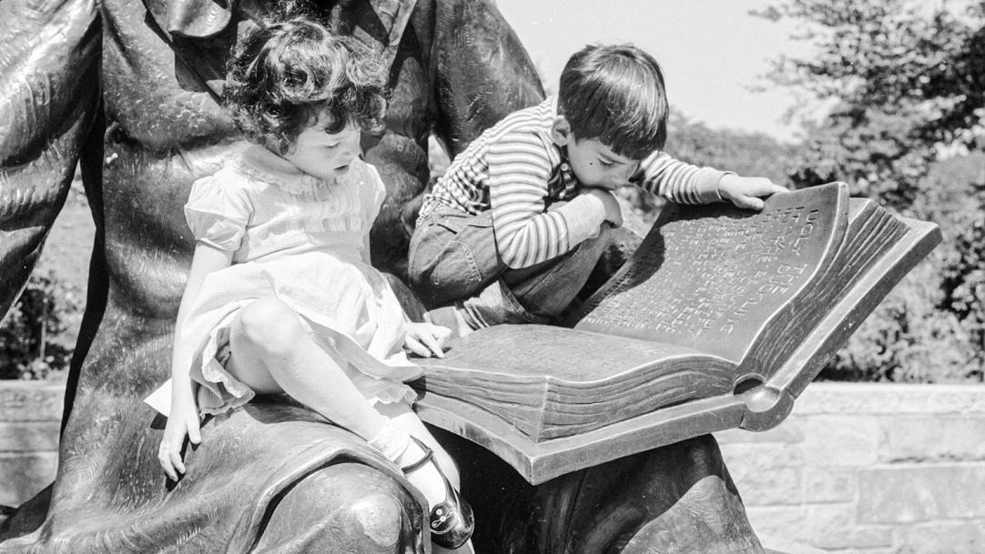 Covid and schools: How reading can boost children's oral language skills after lockdown