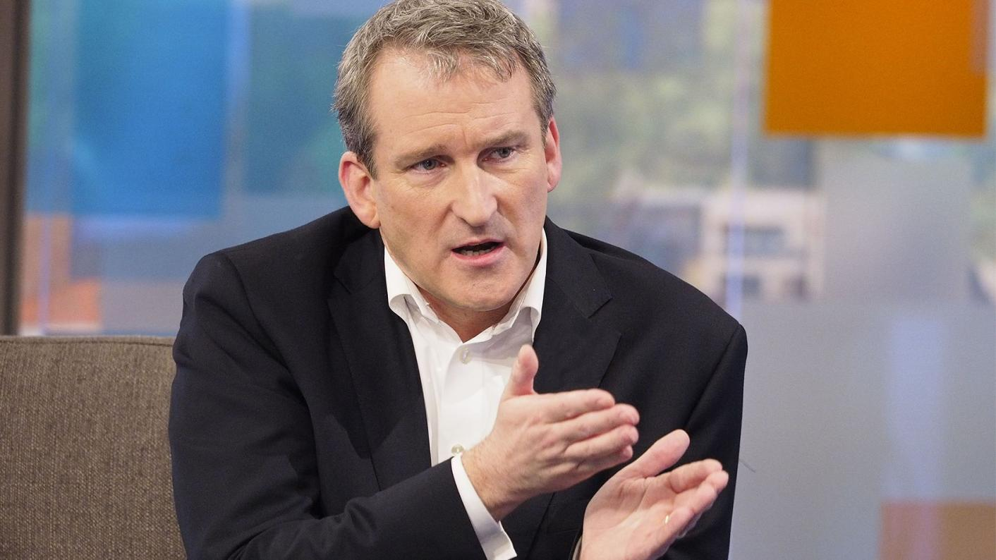 Damian Hinds wants more school governors