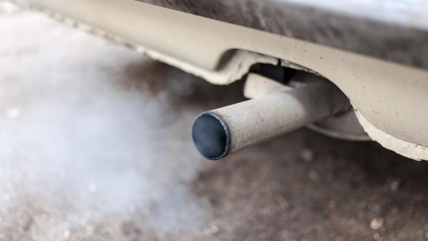 MP raises concern about air quality near new schools
