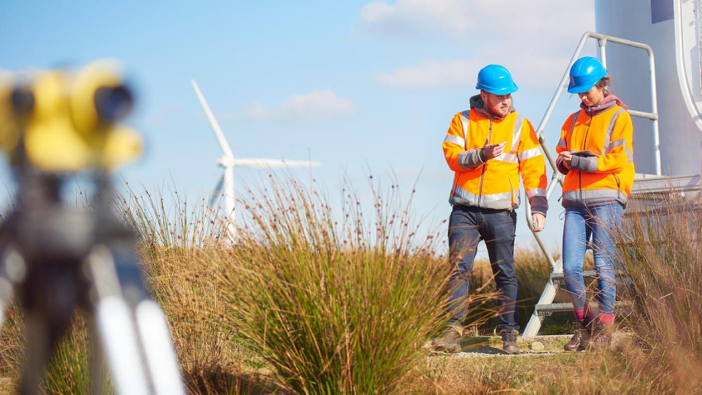 engineering stem apprenticeships training FE careers advice