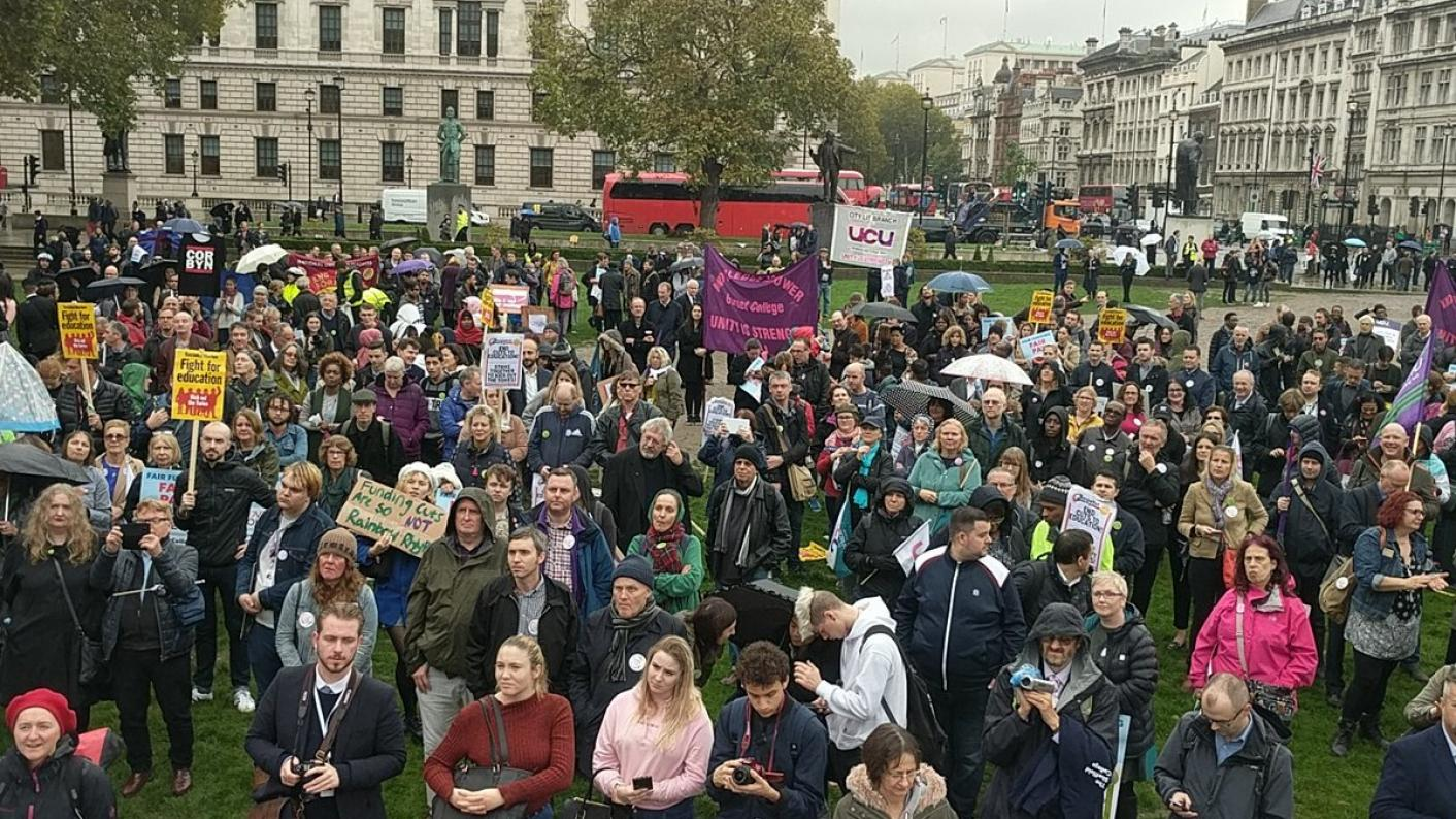 Students and staff gather in Parliament Square for the Love Our Colleges rally