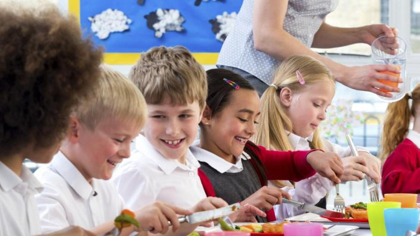 Campaigners have called for the DfE to implement the proposed healthy school rating scheme.