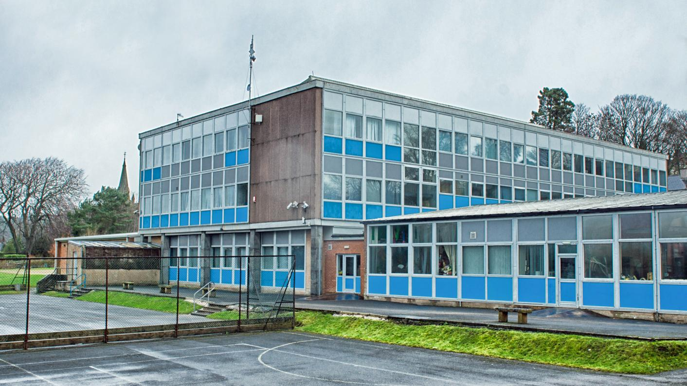 School buildings: staff and pupils at risk from asbestos, unions warn