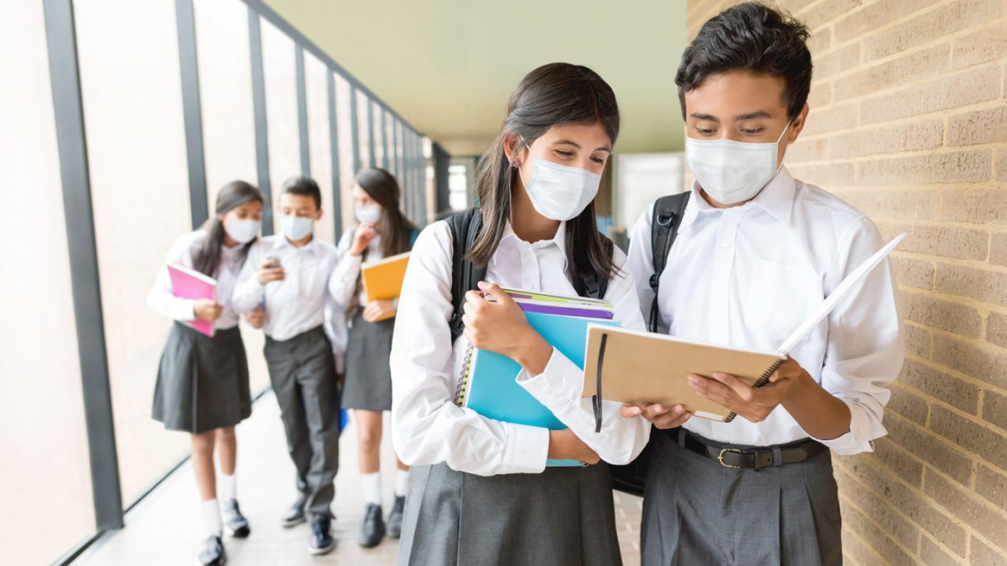 Covid: Reintroduce face masks in secondary schools, say unions