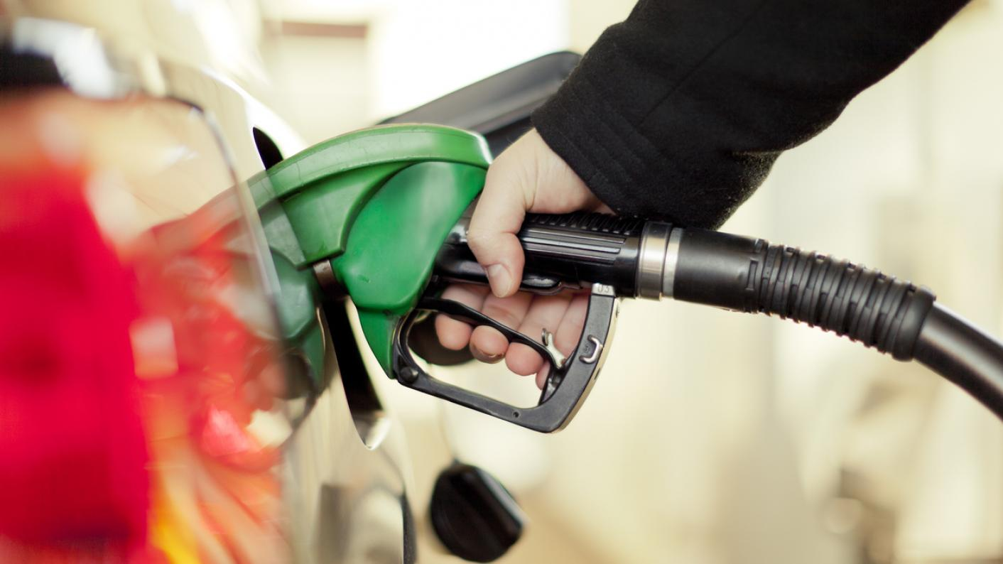 The NASUWT has called for teachers to be given priority for purchasing petrol