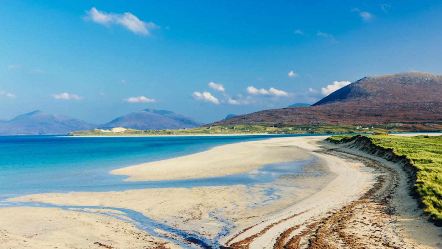 Music and arts education: Artists and musicians invited to work in Scotland's island schools