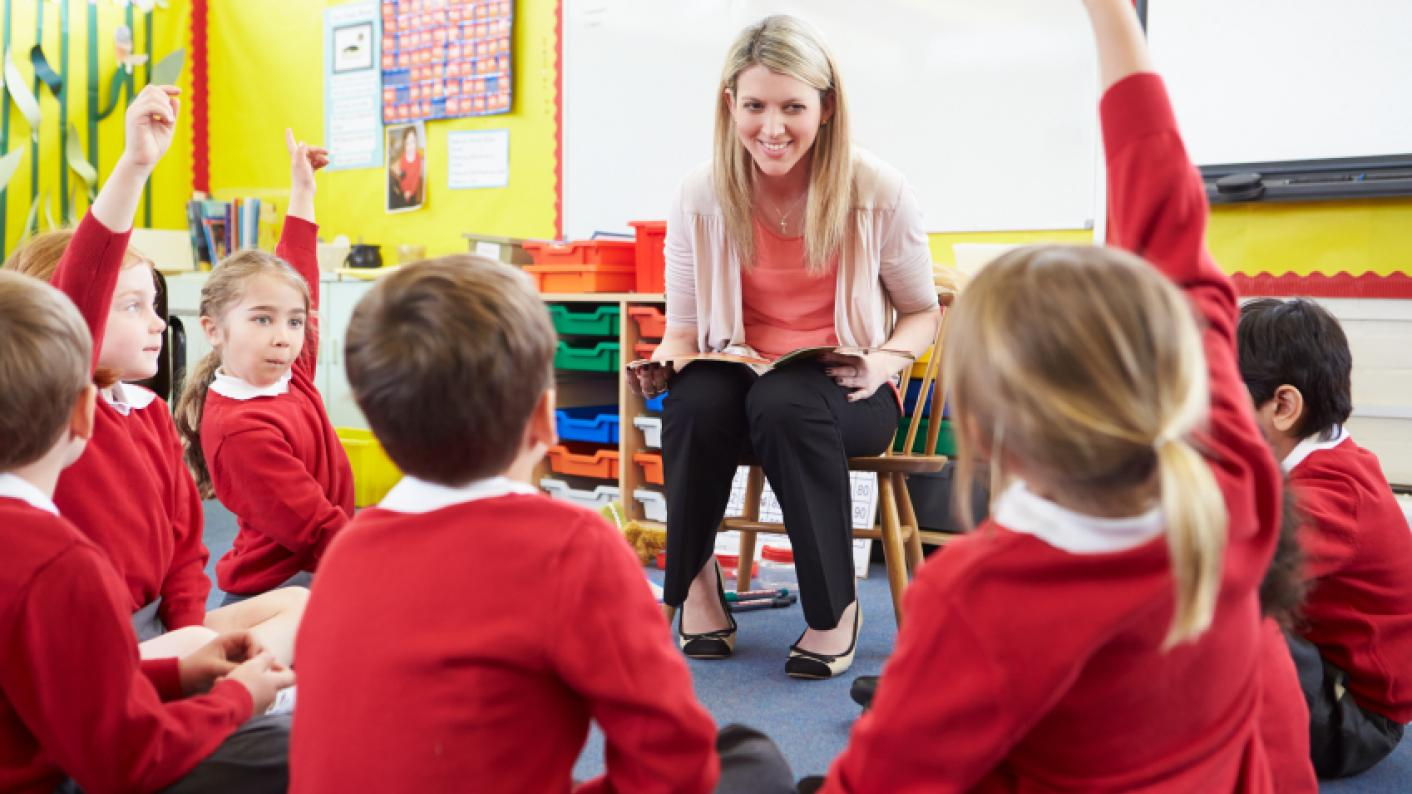 The NHS is to work with schools to improve mental health support for pupils